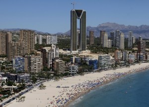 Bus from Alicante airport to Benidorm