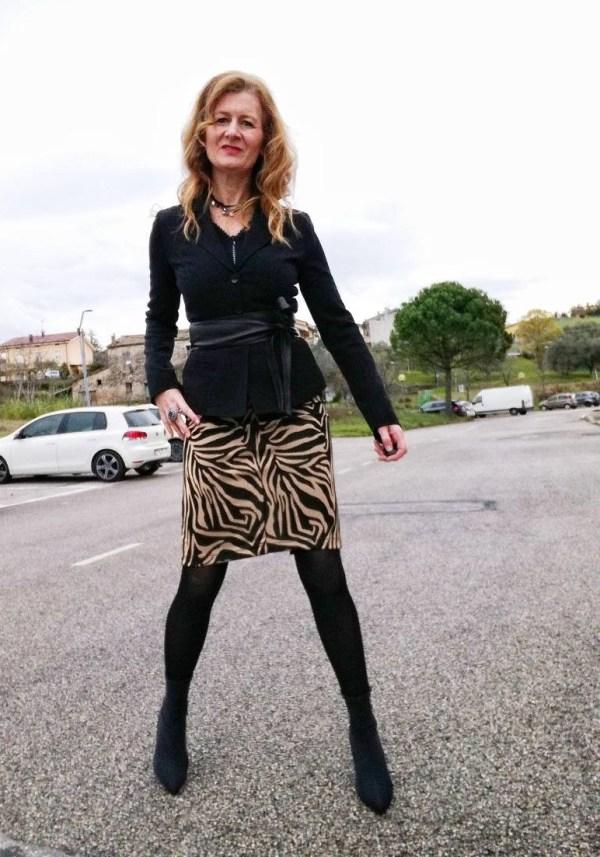 leo skirt and heel boots