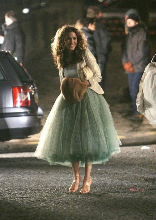 A gorgeous Carrie Bradshow wearing a tulle skirt, Pinterest