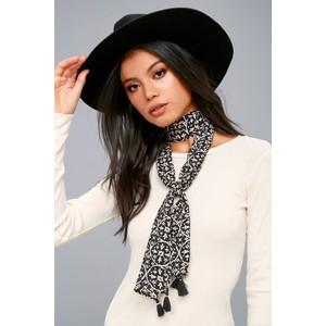 lulu skinny scarf