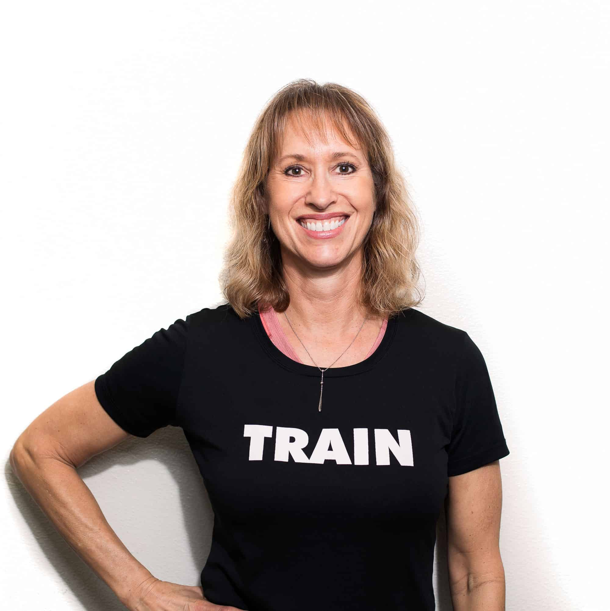 Dana Lowe : Personal Trainer - Level 2 Fascial Stretch Therapist