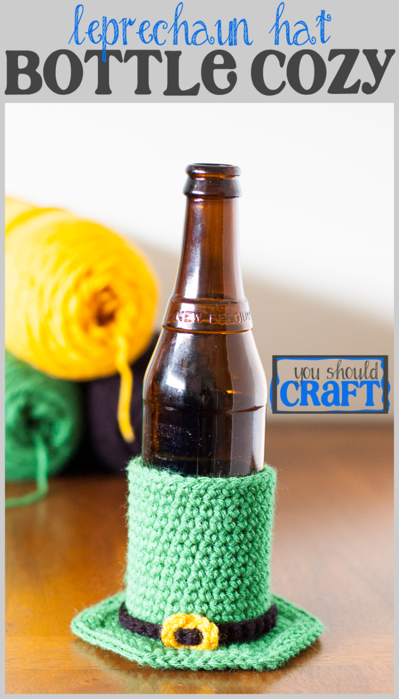 Celebrate St. Paddy's Day and keep your beer cold with an easy leprechaun hat bottle cozy. Free crochet pattern and photo-tutorial via @YouShouldCraft. Click to make now or pin for later!