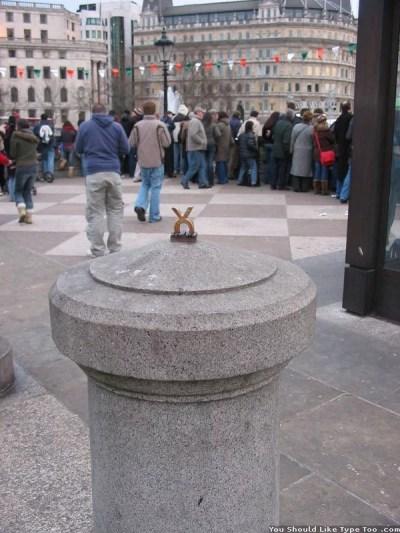 P.D.A. (part 1): Trafalgar Square, London