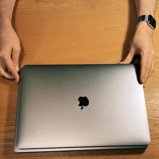 Déballage du MacBook Pro 16 pouces et migration de données du MacBook Pro 15 pouces vers le MacBook Pro 16 pouces