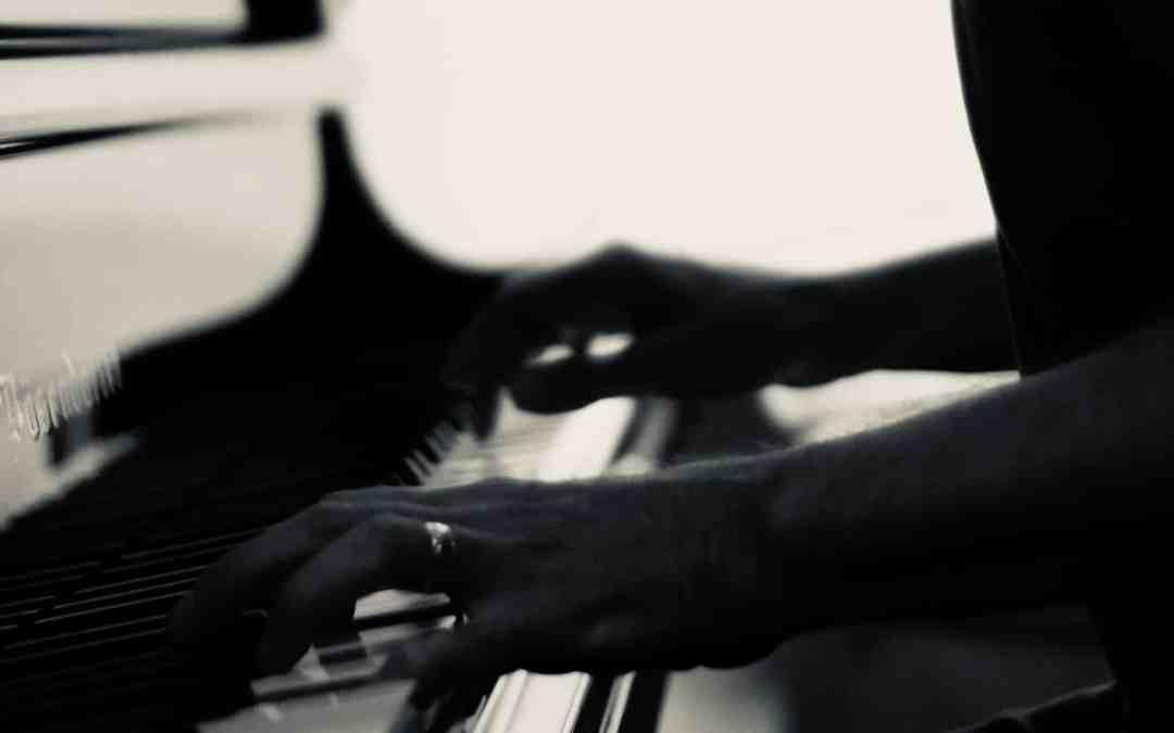 Apprendre le Piano La gamme de FA mineur blues MOTIF N°4