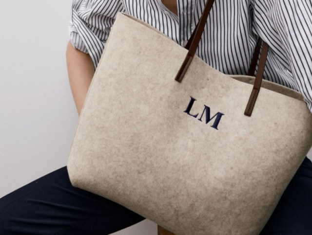 Zara τσάντα από τσόχα