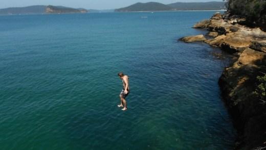 kayalıktan atlama