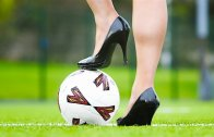Futbolun Şovmen Kadınları