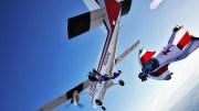 Wingsuit ile Uçağın İçine Dalıyorlar