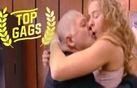 Bir Çanta Dolusu Seks Oyuncağı Sokağa Saçılırsa