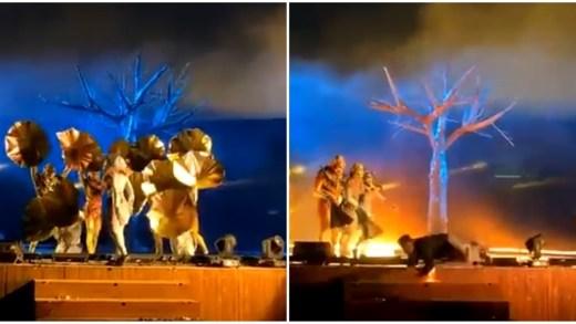 Suudi Arabistan'da sahnedeki oyunculara saldırı