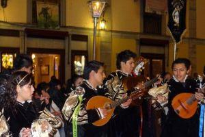Mexique- Guanajuato avec ces nombreux étudiants qui forment des groupes de musique