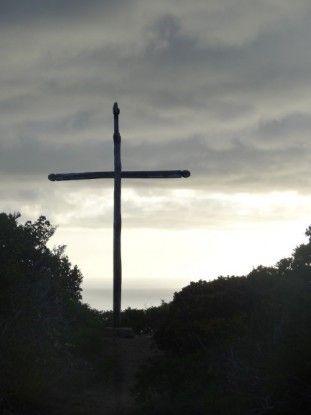 nouvelle-caledonie-pic-ile-pins-croix