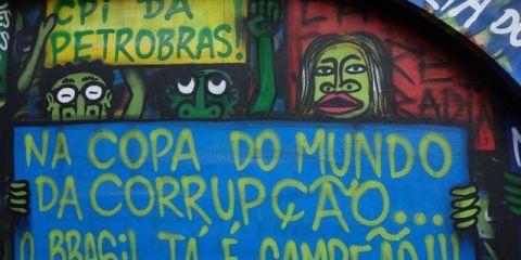 Coupe du monde 2014 au Bresil: Des slogans ou des tags conte le mondial ou contre la FIFA