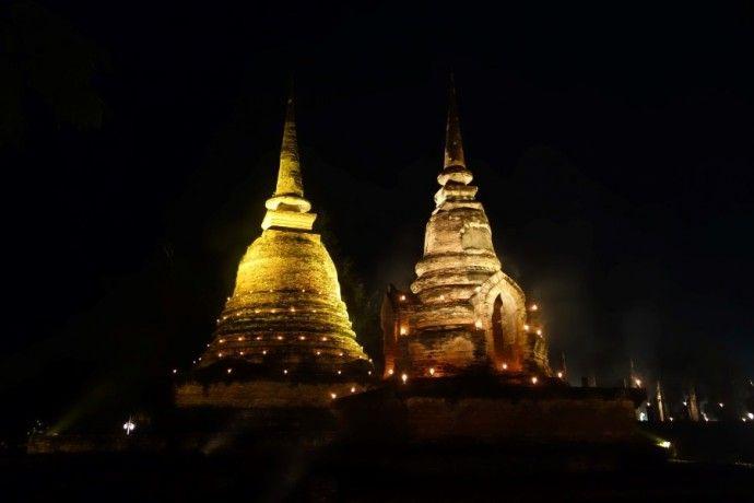 Loy Krathong En Thailande Superbe Festival Des Lanternes