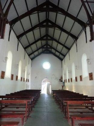 nouvelle-caledonie-saint-denis-balade-interieur