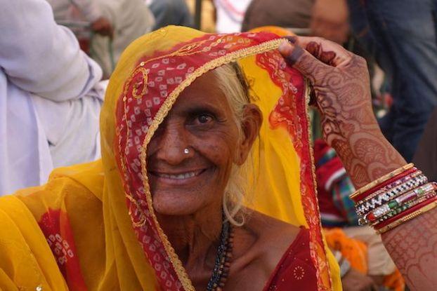 Pushkar: Mariage du coté de Pushkar avec les coutumes hindouistes photo blog voyage tour du monde http://yoytourdumonde.fr