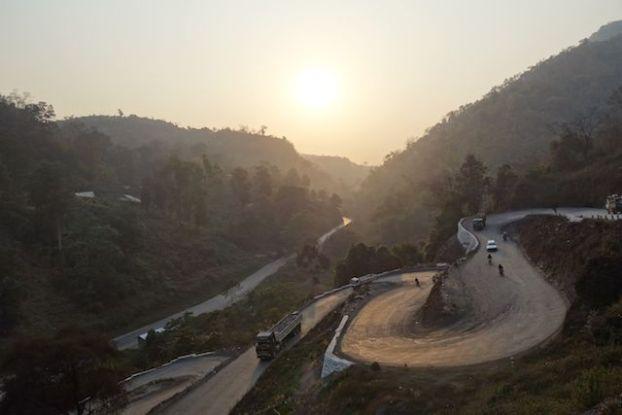 En faisant un trecking ou une randonnée de 2 jours et une nuit du coté des montagnes de Hsipaw vous allez pouvoir dormir chez l'habitant. photo voyage tour du monde http://yoytourdumonde.fr