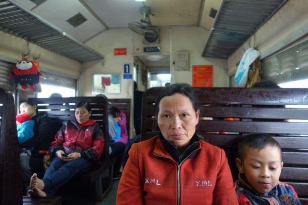 voyage-travel-train-wagon-hanoi-vietnam