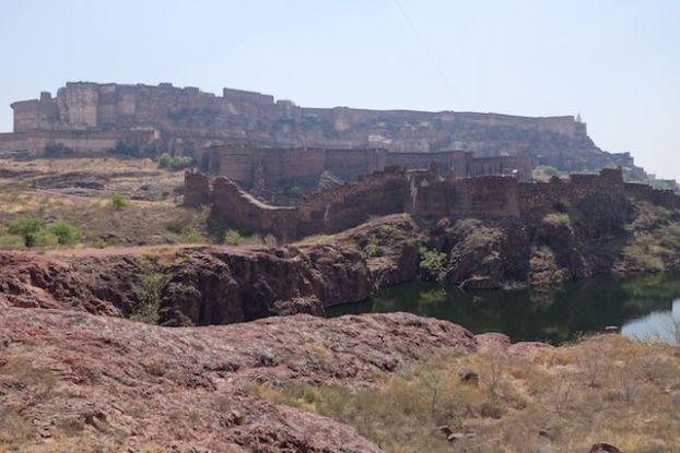 La citadelle de Mehrangarh en Inde à Jodphur dans le rajastahn est peut etre le plus beau chateau de l'etat du Rajastahn photo blog voyage tour du monde htp://yoytourdumonde.fr