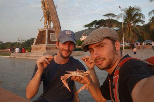 A la decouverte des crabes bleus de Kep au cambodge. A decouvrir sur mon blog de tour du monde http://yoytourdumonde.fr
