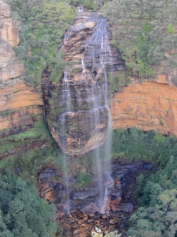 Cascade dans le parc national des Blue Mountains photo blog voyage tour du monde http://yoytourdumonde.fr