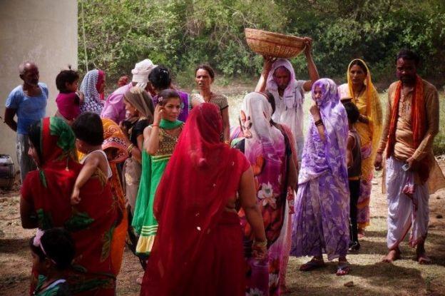 J'ai trouvé les habitants de Khajuraho en Inde très sympatiques. Des massages peuvent être fait egalement. Photo blog voyage tour du monde http://yoytourdumonde.fr