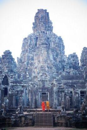 moine-bouddhiste-cambodge-travelling-voyage