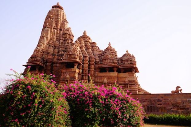 Inde temple Khajuraho photo blog voyage tour du monde http://yoytourdumonde.fr