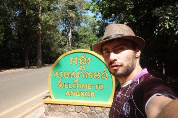 L'entrée des temples d'Angkor près de Siem Reap au Cambodge. Photo blog http://yoytourdumonde.fr