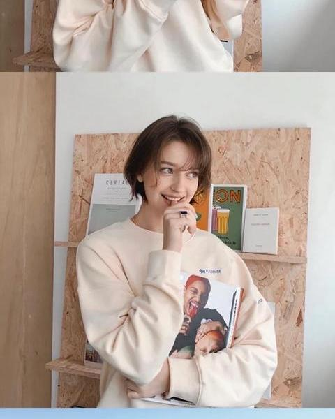 The daily wear of the Russian girl Angelina Danilova, the girl in 1996, is cute and cute and retro, this face is worth licking the screen. ♥️?What to wear today