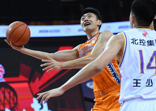 Basketball-the second stage of the CBA rematch:Beijing Holdings wins Shanghai Jiushi