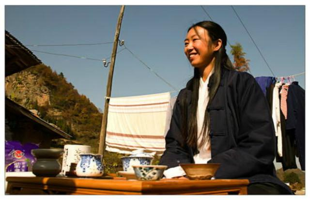 She got tired of working 10 years ago and came to Wudang Mountain to marry the hermit and have children. What is life like now?