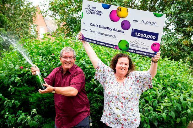 The British couple won over 9 million lotteries, and their husband was fired the day before winning