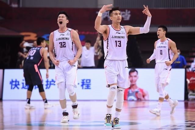 Bench Raiders! Wang Huadong scored 12 points in 34 minutes off the bench