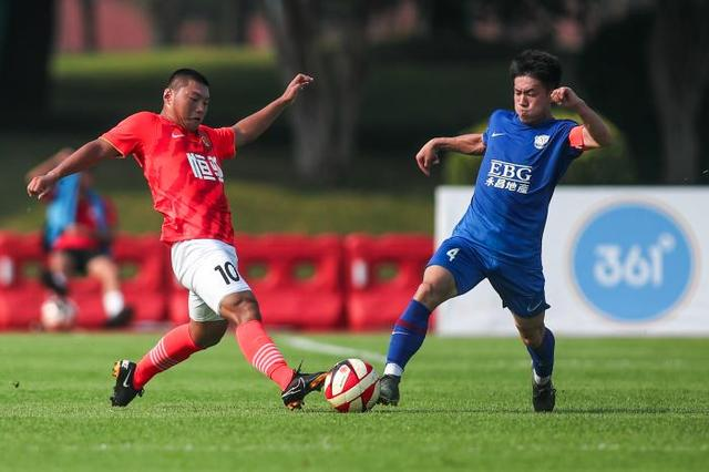 Evergrande echelon welcomes a bumper harvest in August, 10 age groups have champions