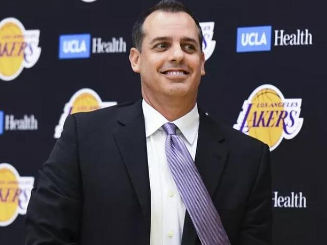 Vogel:James and Davis are a natural pair