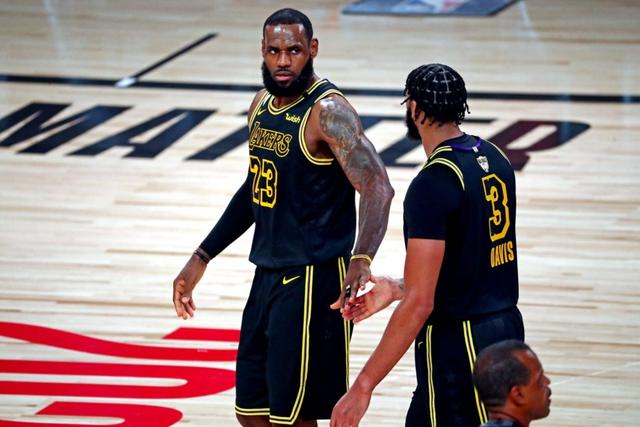Vogel:Davis pointed out James' mistakes in training and surprised his teammates