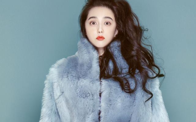 The young director supports the star to get the sky-high pay, and broke the news that Fan Bingbing earned 3 million a day at his peak