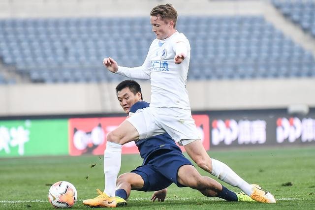 Dalian people PK R & F are not seeking to win? Fan Shuai trains for the Football Association Cup, Master Bei continues the youth storm