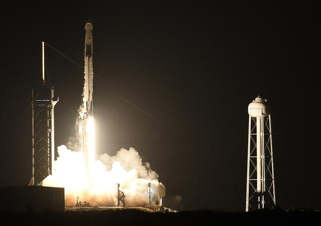 Space X manned dragon spacecraft successfully launched, Musk created another miracle