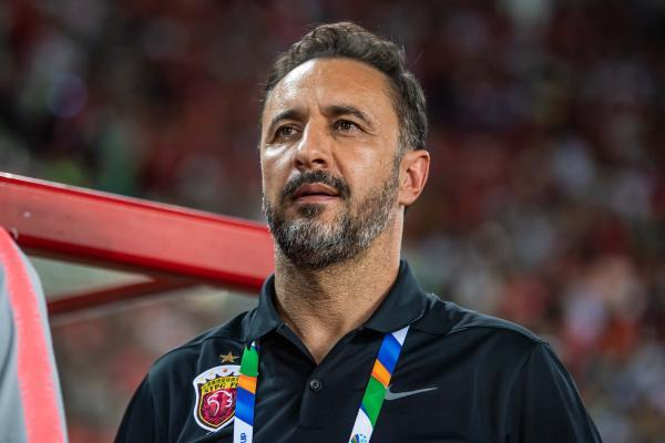 Coach Pereira left with praise for three years, he left SIPG's first league championship trophy