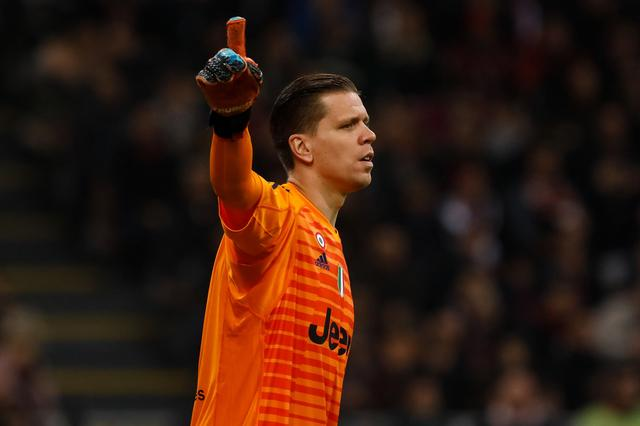 Szczesny:After winning the Italian Super Cup, I went for a doping test and missed the locker room celebration