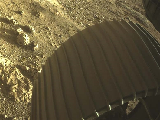 Perseverance sends back the first batch of Mars images, some have never seen