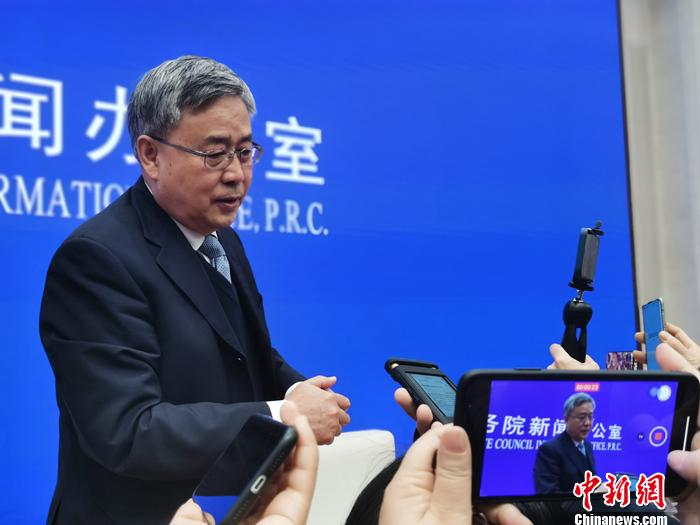 The ministers before the NPC and CPPCC made a big voice to release these livelihood signals