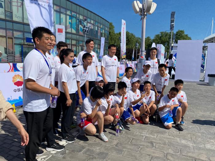 Olympic Day activities are launched simultaneously in seven places, thousands of people enjoy sports