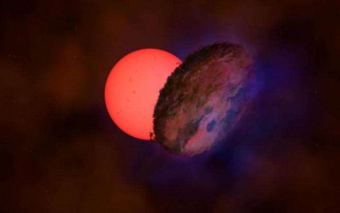 """Astronomers have discovered a strange """"shimmering giant star"""" near the center of the Milky Way"""