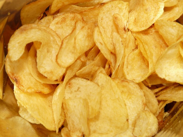 Research finds that eating starchy snacks is associated with increased risk of cardiovascular disease
