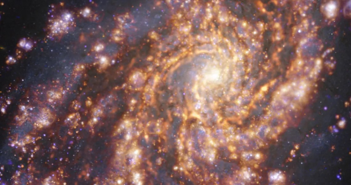 """The European Southern Observatory releases an amazing series of """"cosmic fireworks"""" images of nearby galaxies"""