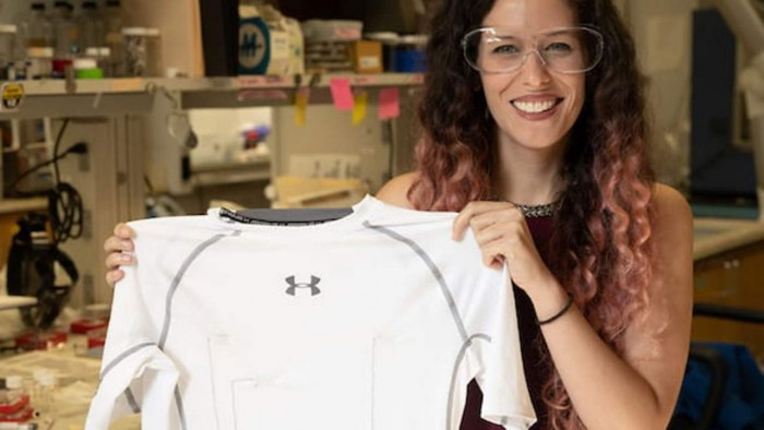 Rice University researchers used conductive carbon nanotubes to develop shirts that can monitor heart activity